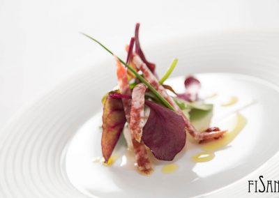 03a_Mini ensalada de hojas verdes y salchichon de bellota_02